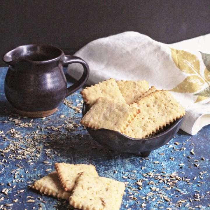 Cornmeal & Fennel Seed Digestive Biscuits